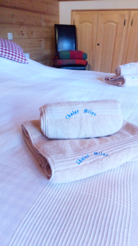 Chalet Milou -beds made, towels ready for arrival of guests