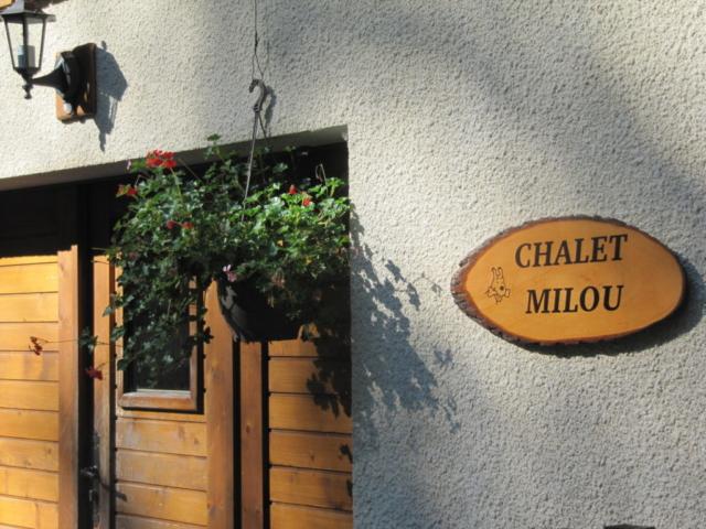 Milou house sign
